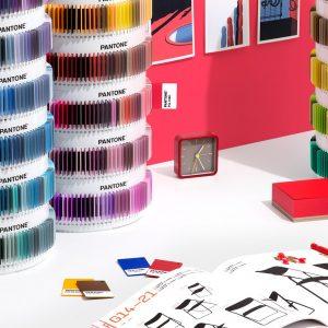2 psc ps1755 pantone plus pms color plastic standard chips collection lifestyle 3 2